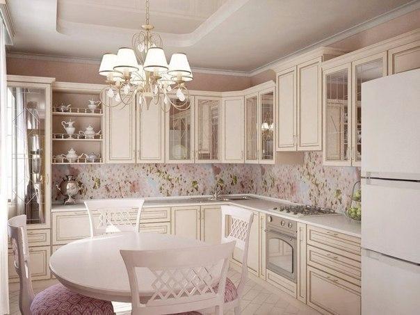 Светлая кухня (1 фото)
