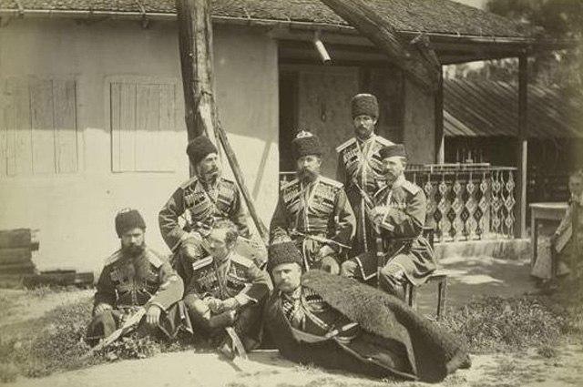 От стрельцов до казаков. Кто и как охранял русских царей? H9R_yZW5Hi4