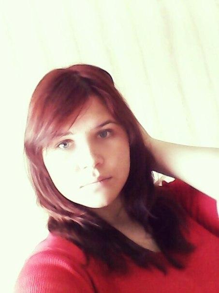 [id211976453 Дарья Максумова] Умная, красивая, весёлая девочка.16 лет.