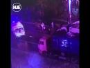 В Москве грузовик врезался в полицейский автобус