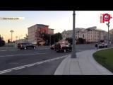 В Сети впервые появилось видео с колонной Aurus покидающей Кремль