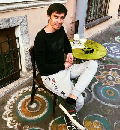 Евгений Батуринец
