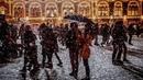 Праздничная улица Снегопад в городе Зимние праздники Футаж FOOTAGE