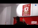 Ван Дейк и табличка «This is Anfield»