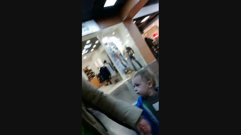 Гуляю с племянником