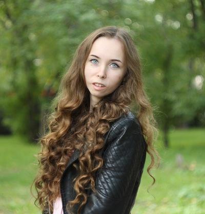 Ксения Мелкомукова