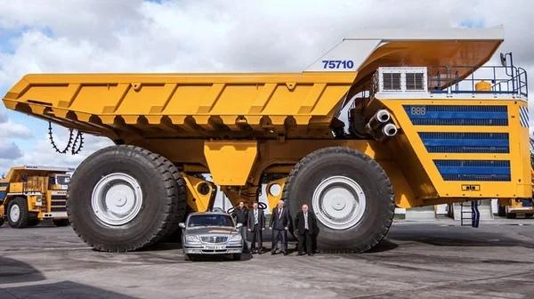 Самый большой БелАЗ стоит почти 500 миллионов рублей: какие у него возможности