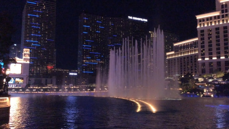 Танцующие фонтаны Белладжио. Лас Вегас.