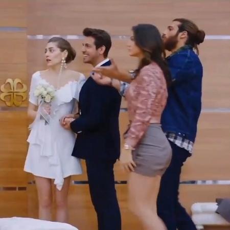 """Erkenci Kuş 🕊 on Instagram """"КОНЕЦ СЕРИИ!!😅 Я немного в шоке.. вообще все под конец запутали так сильно🤔 Я не поняла,почему так быстро ЛейЭм.. А Дж..."""