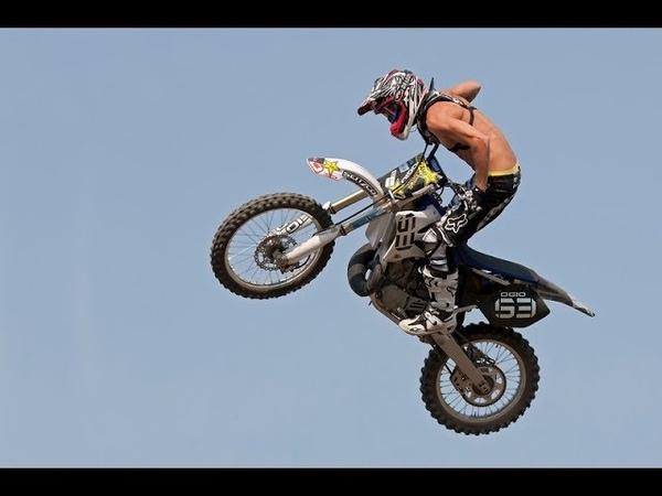 ПРЫЖКИ. ПРЫЖКИ НА МОТОЦЫКЛЕ. КАК ПРАВИЛЬНО ПРЫГАТЬ С ТРАМПЛИНА.Motocross Jumping Techniques.