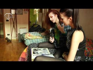 fashiontv | FTV.com - MODELS AT HOME - MILAN