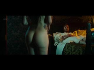 Мария Вальверде (María Valverde) голая в фильме «Голем» (2016)