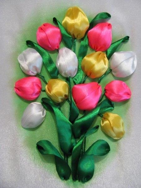 Нежные тюльпаны лентами.
