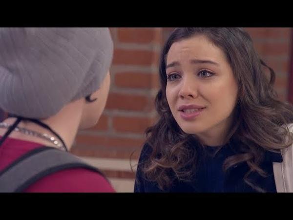 Juan no soporta la incertidumbre de Emma - 100 Días Para Enamorarse