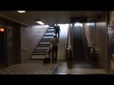 Пианино на лестнице в подземном переходе