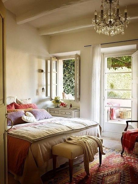 Красивый испанский домик