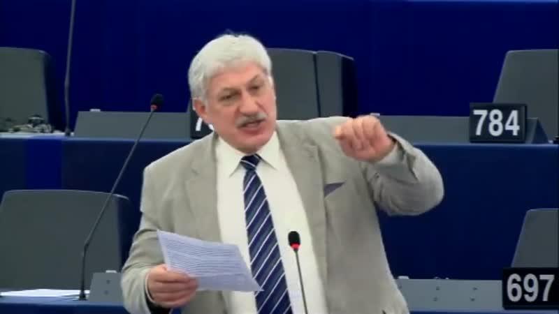 Lisabonská smlouva je totalitní systém, obdobný režimu v komunistických zemíc