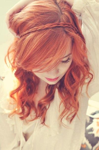 Фото на аву девушек с красными волосами 20