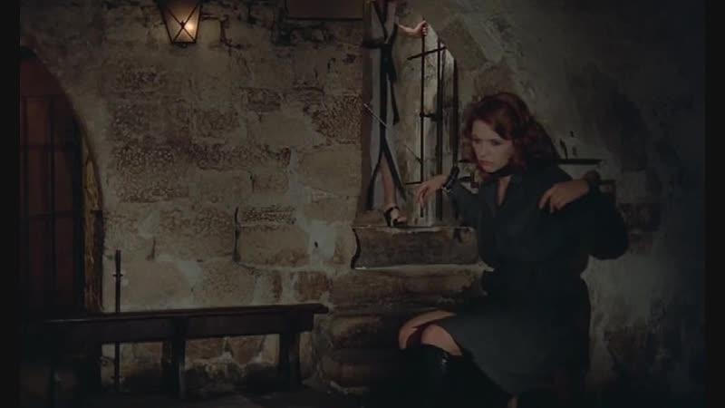 бдсм сцены bdsm бондаж изнасилование порка рабыни из фильма Helga la louve de Stilberg She Wolf Of Stilberg 1977 1978 г