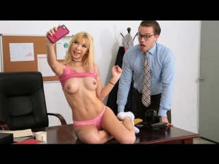 Kenzie Reeves - Selfies With The Dean [ Athletic, Bald Pussy, Blonde, Natural Tits, Petite, School Girl, Teen, Brazzers, Porno ]