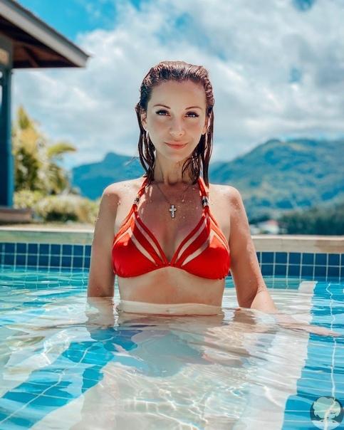 Подбока летних и сексуальных фото Ольга Орловой