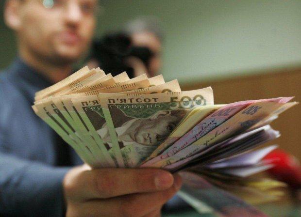 Кто станет богаче, а кто беднее? Как изменятся зарплаты украинцев в 2019 году