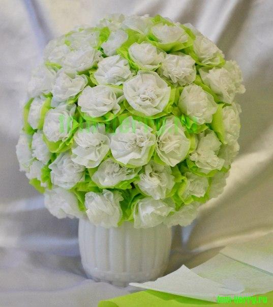 Цветы из салфеток шар своими руками мастер класс