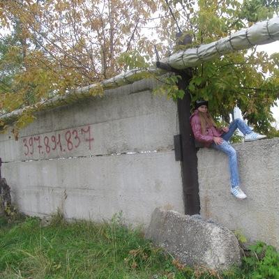 Полина Береснева, 22 июля 1999, Чапаевск, id215547243