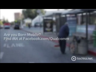 Лучшая реклама на автобусной остановке (видео прикол)