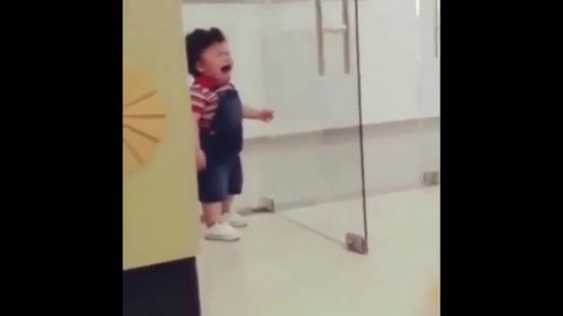 Малыш-сирена на максималках