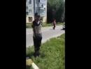 Дикая Украина: Боевики Нацдружин привязали к столбу мужчину с табличкой Я ватник
