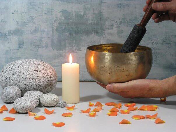 тибетская медицина. рецепты. рецепты тибетской медицины при аритмии - пить отвар из календулы. при атеросклерозе - пить отвар из вереска. при белокровии - пить настой из цветов гречихи (1 стакан на 1 литр кипятка). при бронхите - пить чай из цветов