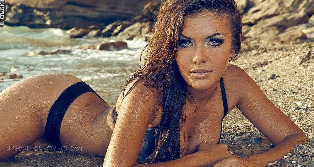 красивые девушки фото на каблуках голые