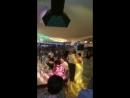 Танец Юли с дедушкой