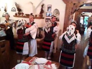 Ansamblul Casa Iurca de Calinesti - Dans Maramures