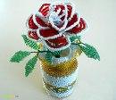Сплетите 3 лепестки розы из бисера изгибаем перпендикулярно оси.Розы из бисера мастер-класс - Все хобби.