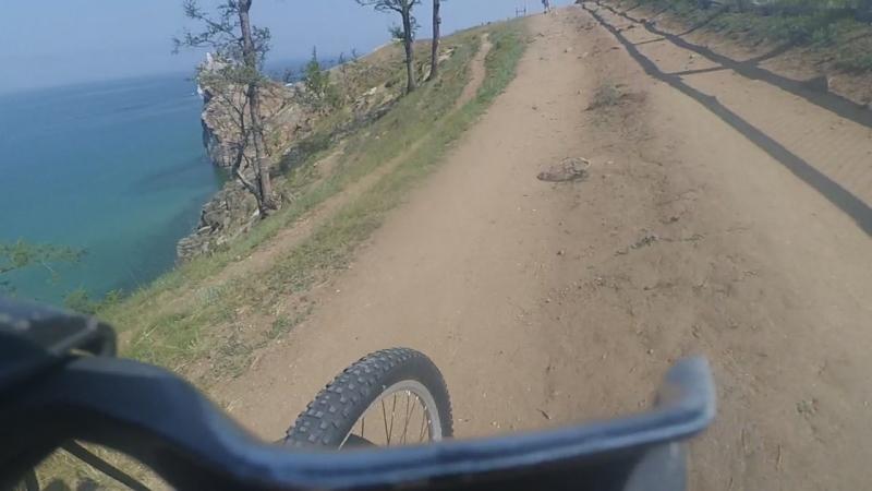 велопокатуха вдоль берега мыса Бурхан
