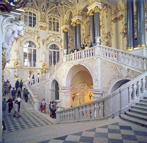 Когда музеи Петербурга можно