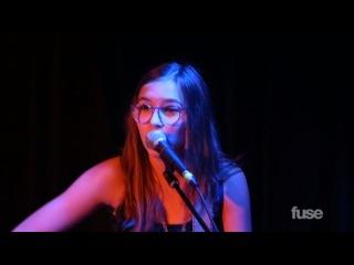 Nashville Stars Lennon & Maisy Perform the Lumineers'