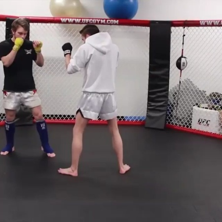 Алексей Лобзов on Instagram Защита от лоукика👍 Reposted from @micahkwonkickerbrock A simple sweep counter to a stepping low kick you can pull