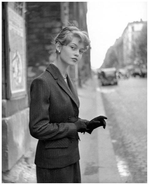 Известная французская киноактриса и фотомодель Бриджит Бардо