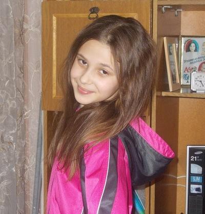 Арина Малова, 30 мая 1999, Чистополь, id200472055