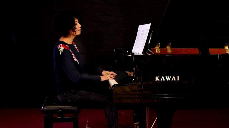 Rebikov Christmas Tree Waltz, performed by Chenyin Li