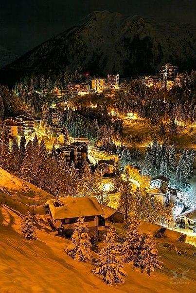 Сказочная зима в Альпах, Фопполо, Италия.