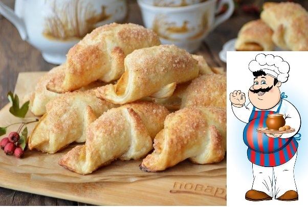 круассаны в стиле яблочный пирог ингредиенты: слоеное тесто 250 грамм яблоко сладкое 2 штуки яйцо 1 штука сахар 3 ст. ложки корица молотая 1 чайная ложка количество порций: 3 как приготовить