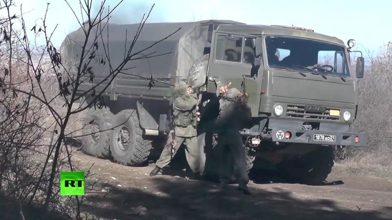 В Крыму разведчики отработали действия за предполагаемой линией фронта