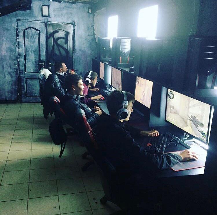 STK game club - Игровой Клуб нового поколения  Не отказывай себе в удовольствии играть на максимальном разрешении 4k , У нас вы можете полностью погрузится во вселенные своих любимых видеоигр , PUBG, Conter strike , dota2 и многие другие.