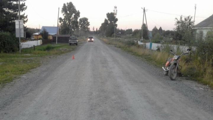 Мотоциклист без прав сбил семилетнего мальчика в Томском районе