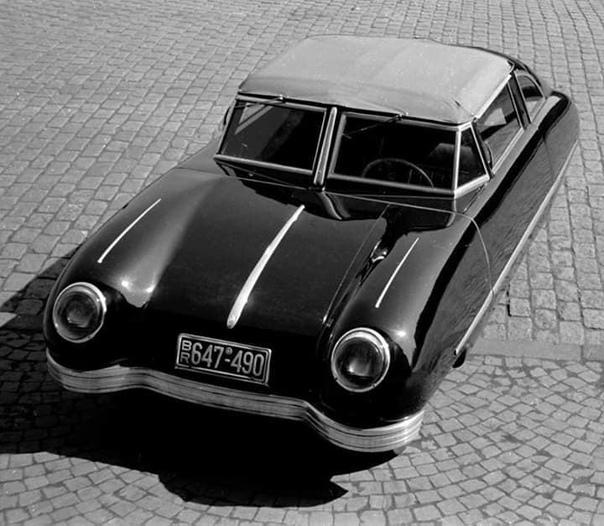 Немецкий легковой автомобиль Gomolzig «Taifun» 1949 года Данный двухместным легковой автомобиль был разработан в 1949-м году немецким инженером Гербертом Гомольцигом, проживавшим в городе