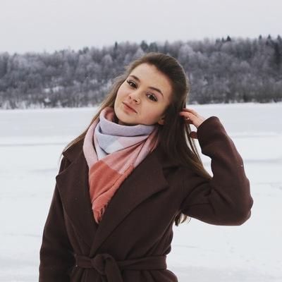 Анжела Кабанова